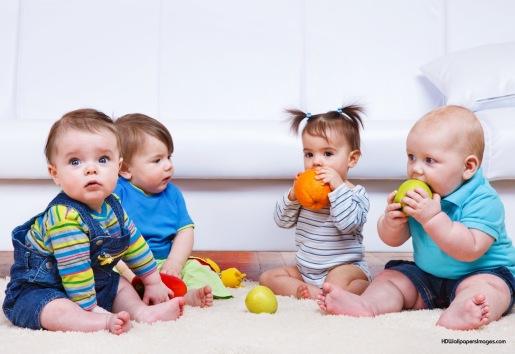 Babies-Playing2